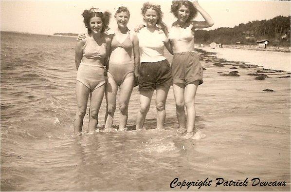 soeurs-candeille-plage-1950_GF