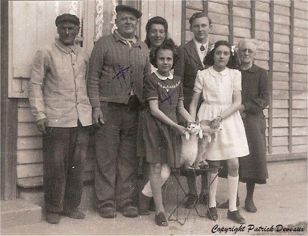 Perchat-Jeannine-famille-Delhotel-1946_GF