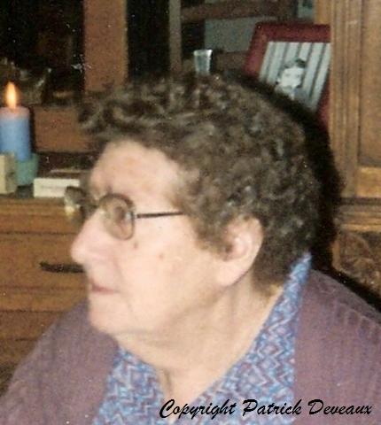 rasse-marie-antoinette-1917-2009_GF